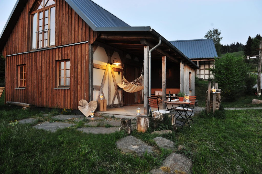 deutschland hotelmarketing gruppe wir entwickeln hotelpers nlichkeiten. Black Bedroom Furniture Sets. Home Design Ideas